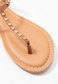 New Look - GALLY - Flip Flops - tan - 2