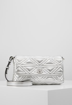 CAPSULE HOLIDAY QUILT - Across body bag - argento silver