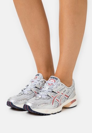 GEL-1090 - Sneakers laag - glacier grey/pure silver