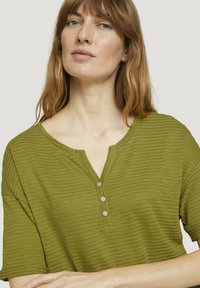 TOM TAILOR - Print T-shirt - gecko green - 3