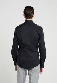 Tiger of Sweden - FILBRODIE EXTRA SLIM FIT - Formal shirt - black - 2
