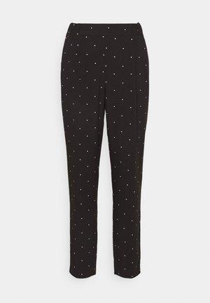 VMMORGAN PANT - Pantalones - black/white