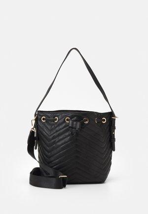 PCFILJA BUCKET BAG - Handbag - black