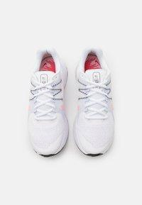 Nike Performance - ZOOM SPAN 3 FAIRMONT - Nøytrale løpesko - white/arctic punch/football grey - 3