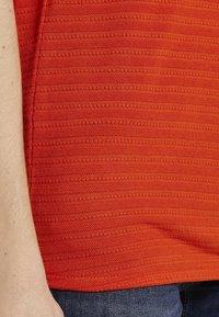 TOM TAILOR - STRUKTURE - Top - strong flame orange - 4
