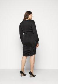 Vero Moda Curve - VMEIRO KNEE DRESS  - Etuikjole - black - 2