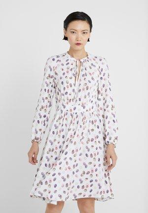 DIONISO - Denní šaty - ivory pattern