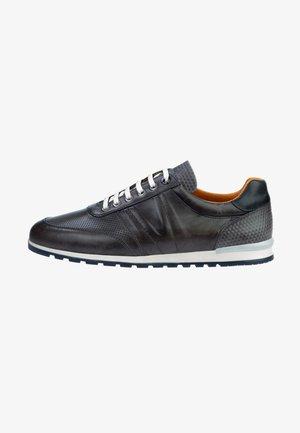 ANZANO - Sneakers laag - grey