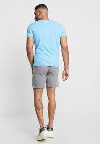 Calvin Klein Jeans - SMALL INSTIT LOGO CHEST TEE - T-shirt basic - blue - 2