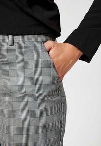 usha - Trousers - gray - 3