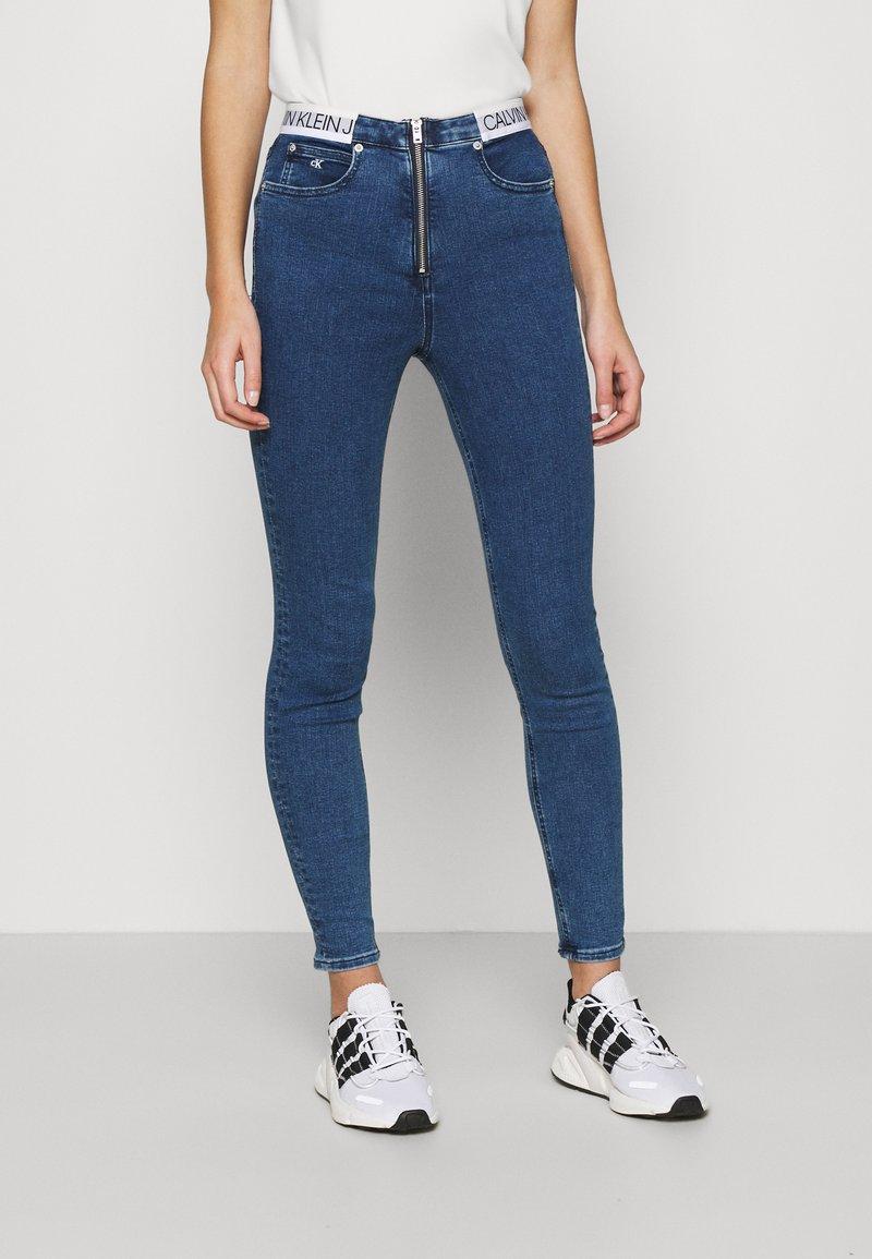 Calvin Klein Jeans - HIGH RISE SUPER SKINNY - Jeans Skinny Fit - dark blue