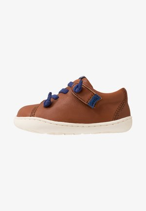 PEU CAMI - Baby shoes - brown