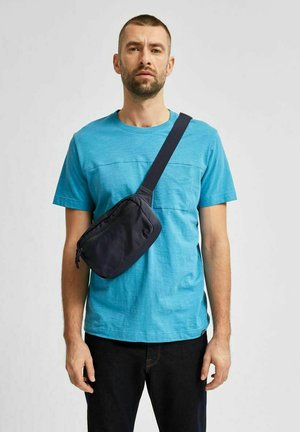 CUT-AND-SEW - T-shirt - bas - bluejay