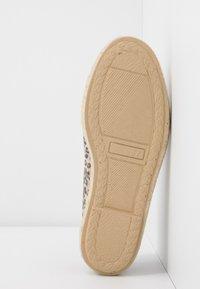 Copenhagen Shoes - FLORENCE - Espadrilles - brown - 6
