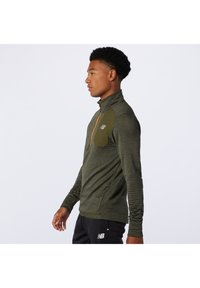 New Balance - Sports shirt - oak leaf green heather - 1