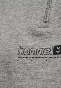 Hummel - HMLLGC NIKKA CROPPED - Strikpullover /Striktrøjer - grey melange - 8