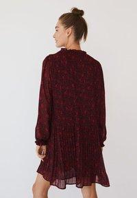 Mango - PLITI - Robe d'été - rouge - 2