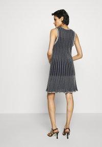 M Missoni - DRESS - Strikket kjole - blue silver - 2