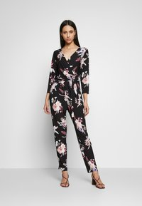 Wallis Tall - MAGNOLIA FLORAL 3/4 SLEEVE - Haalari - black - 1