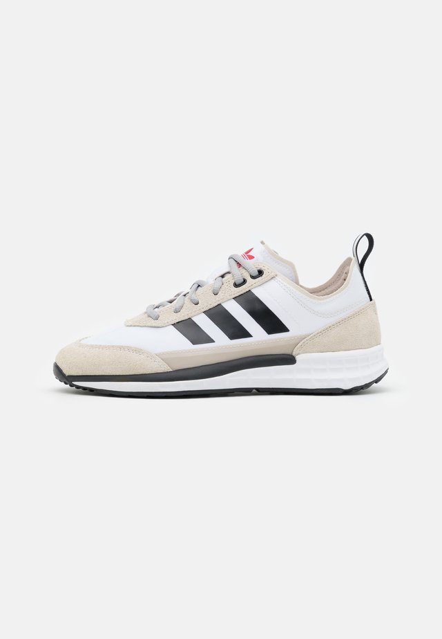 SL 7200 UNISEX - Sneakers laag - footwear white/core black/clear brown