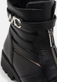Marc Cain - Lace-up ankle boots - black - 6