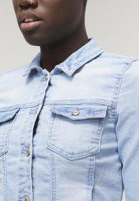 ONLY - ONLNEW  - Denim jacket - light blue denim - 4