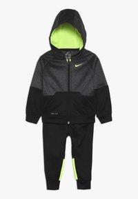 Nike Sportswear - BABY SET - Tracksuit - black/volt - 0