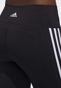adidas Performance - BELIEVE THIS 3 STRIPES LEGGINGS - 3/4 sportovní kalhoty - black - 6