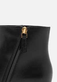 Lauren Ralph Lauren - WELFORD - Classic ankle boots - black - 6