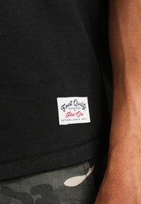 Pier One - T-shirt - bas - black - 3