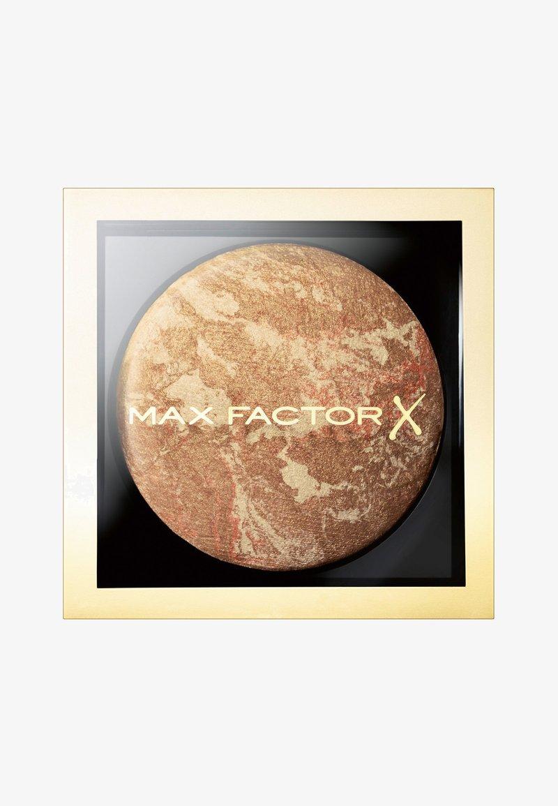 Max Factor - CRÈME BRONZER - Bronzeur - 10 bronze