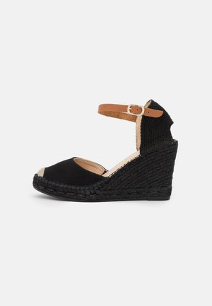 CARLA - Sandály na platformě - black