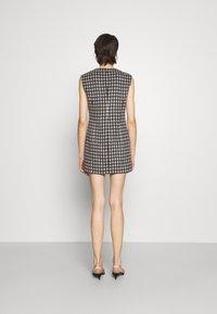 N°21 - ABITO TESSUTO - Shift dress - beige - 2