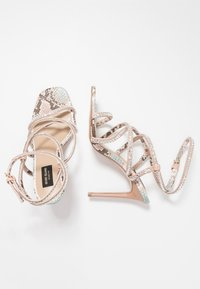 River Island Wide Fit - Sandali con tacco - pink light - 3