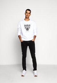 Just Cavalli - FELPA - Sweatshirt - white - 1