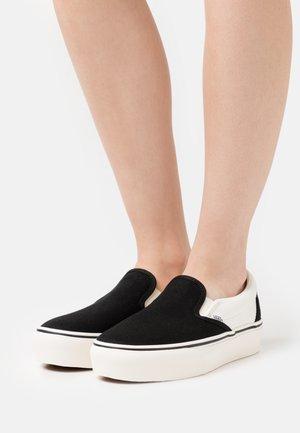 PLATFORM - Sneakers laag - karina/black