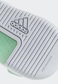 adidas Performance - CRAZYTRAIN ELITE - Treningssko - white, turquoise - 7