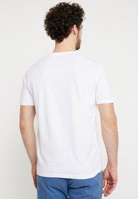TOM TAILOR - DOUBLE PACK CREW NECK TEE - Basic T-shirt - white - 2