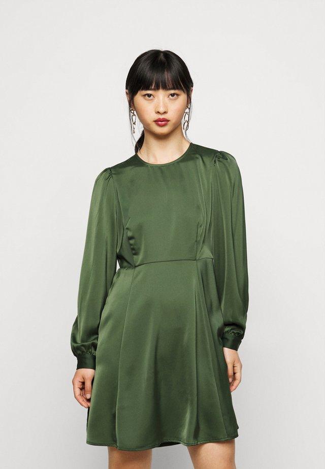 VMCOCO SHORT DRESS - Kjole - black forest