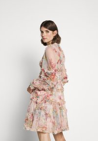 Needle & Thread - FLORAL DIAMOND RUFFLE DRESS - Cocktailkjole - topaz pink - 2
