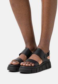 Kaltur - Sandały na platformie - black - 0