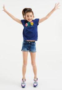 WE Fashion - T-shirt print - blue - 0