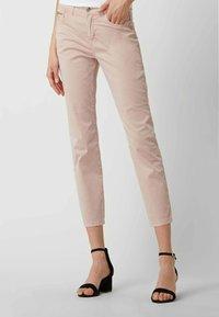 MAC Jeans - SLIM FIT IN 7/8-LÄNGE - Straight leg jeans - hellrosa - 0