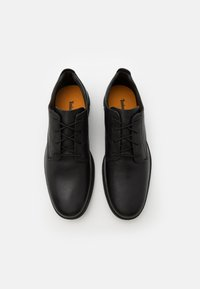 Timberland - BRADSTREET OXFORD - Casual lace-ups - black - 3