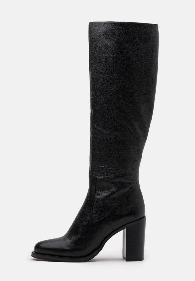 Stivali con i tacchi - noir