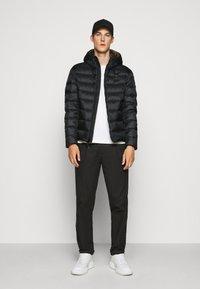 Blauer - GIUBBINI CORTI IMBOTTITO - Down jacket - black/dark olive - 1