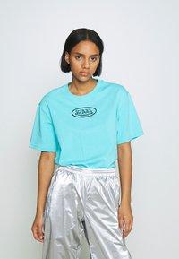 Von Dutch - ARI - Print T-shirt - blue - 3