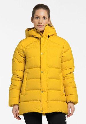 NÄS DOWN JACKET  - Down jacket - pumpkin yellow