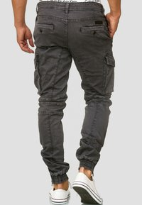 INDICODE JEANS - ALEX - Pantaloni cargo - dark grey - 2