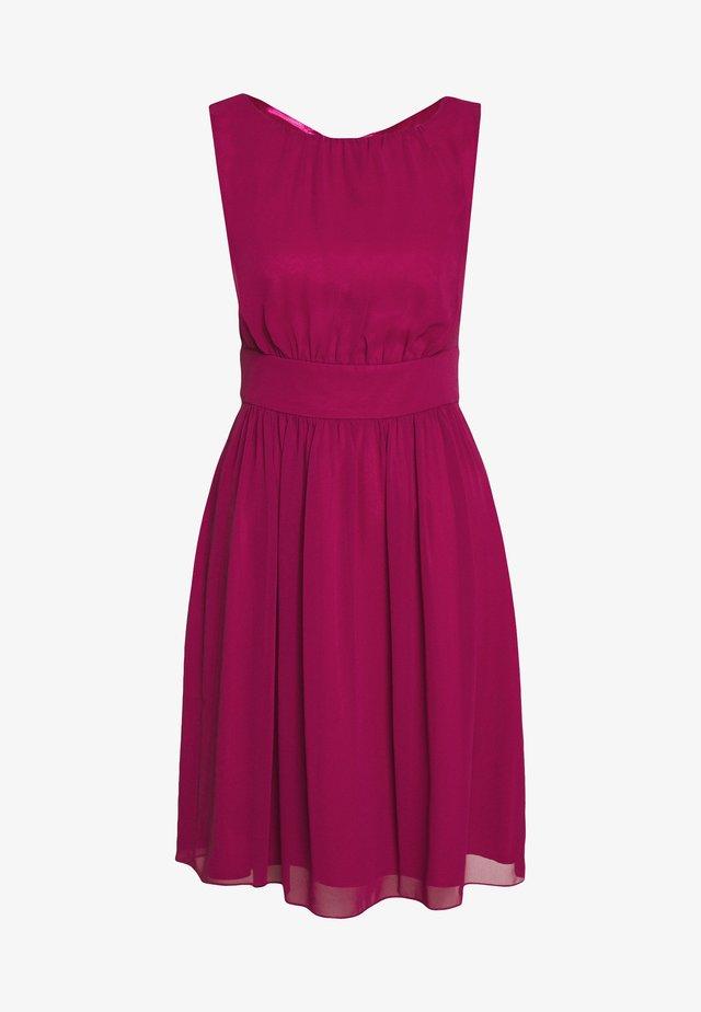 Cocktail dress / Party dress - raspberry